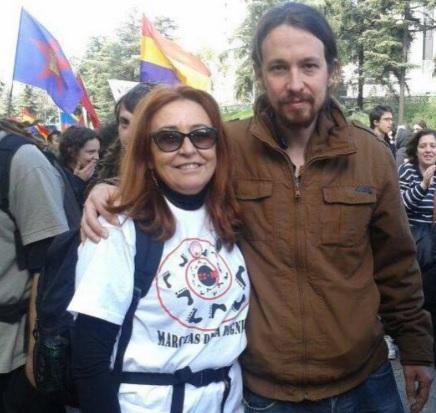 La madre de Pablo Iglesias frivoliza con 'el oro de Moscú' robado a losespañoles.